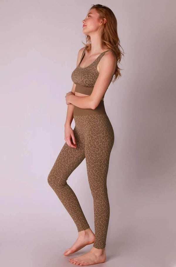 Nikibiki Seamless Leopard Print Leggings | Phoenix + Willows