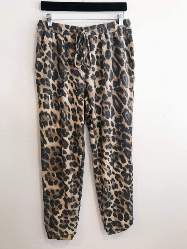 Phoenix + Willow Incredibly Soft Leopard Print Joggers Phoenix and Willow
