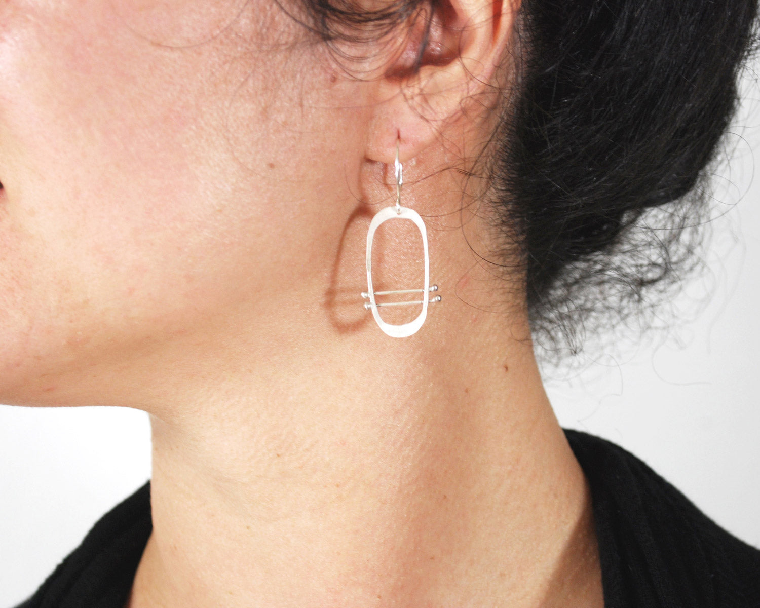 Silver Oval Earrings | Olivia de Soria