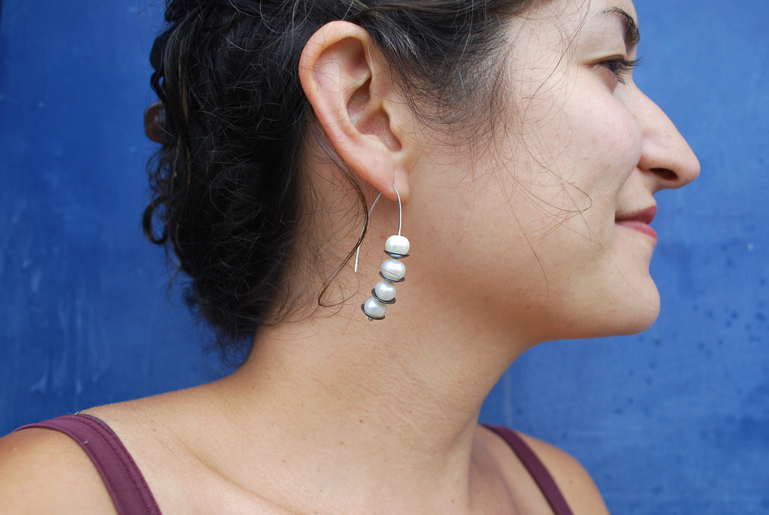 Oxidized Silver Pearl Peapod Earrings | Olivia de Soria