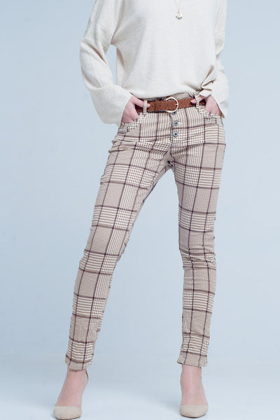 Carelle pants in beige check with button