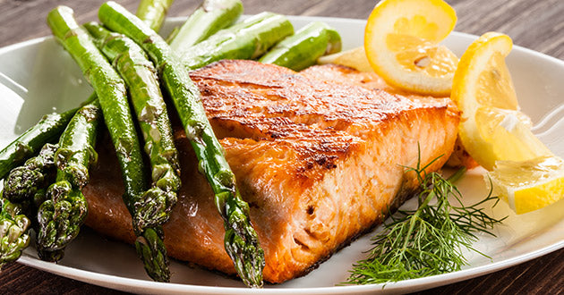 Among the foods that increase testosterone are salmon and green vegetables