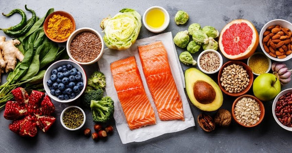 foods high in omega-3 fats, vitamin D, and antioxidants can help preserve or lengthen telomeres