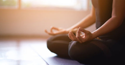 Managing stress through meditation can reduce the severity of allergies.
