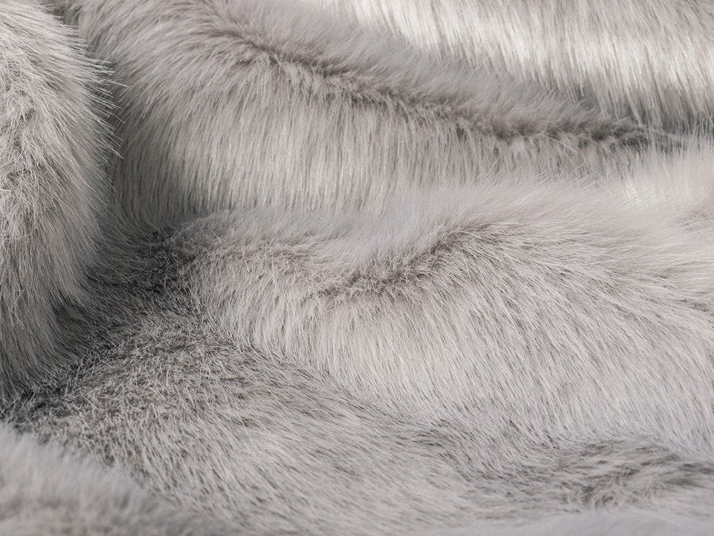 Charley Chau luxury Faux-Fur Dog Blanket in Lilac Rabbit