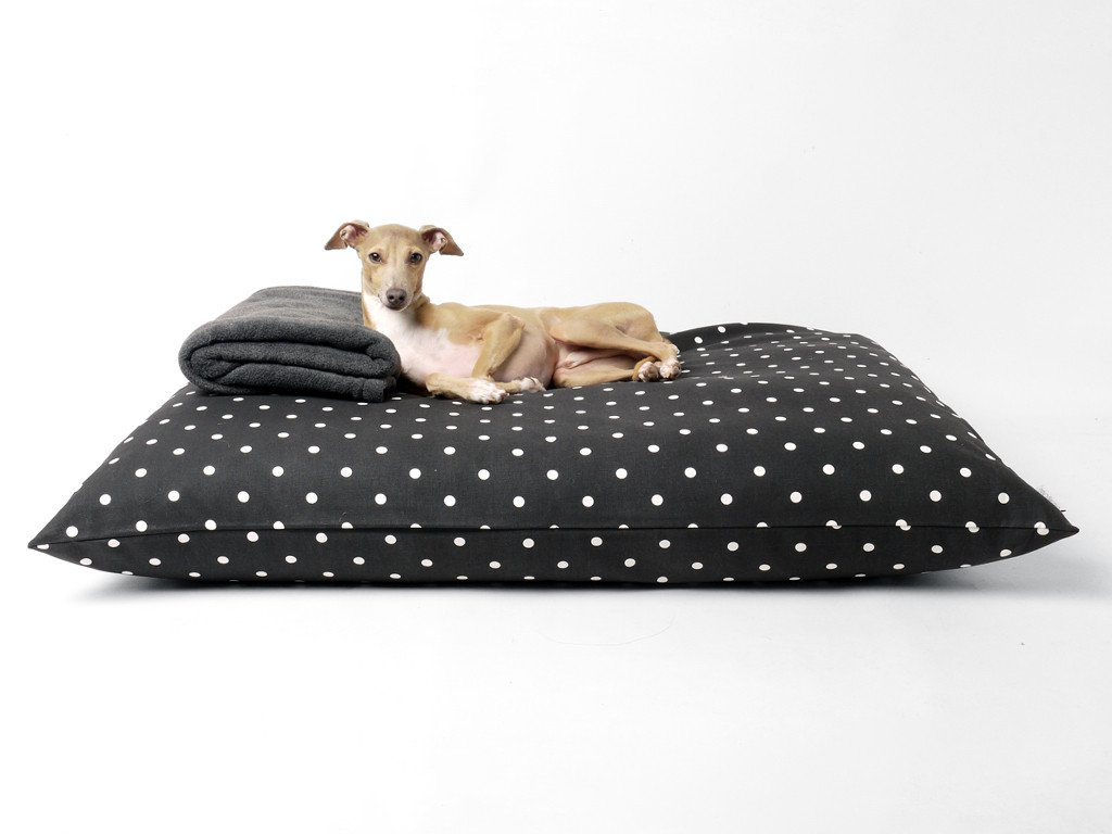 Charley Chau luxury dog bed mattress - Day Bed in Dotty Charcoal