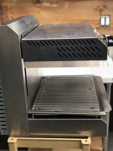 "**Like New** Equipex 24"" Counter top Salamander/Finishing Oven 208/240Volts"