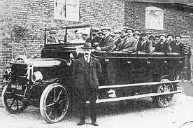 Chaps in their Vintage Motor