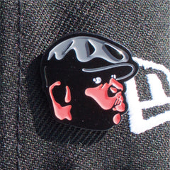 Notorious Pin
