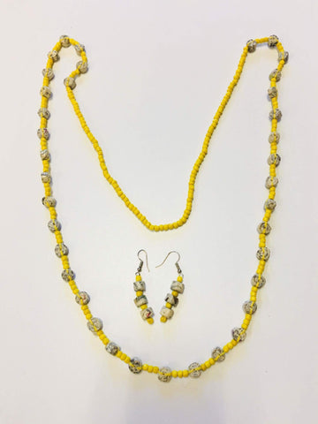 Rolled Paper And Beaded Necklace Set