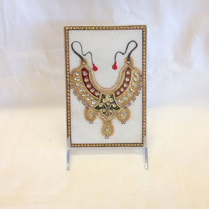 Necklace Design On Marble Plate - 4