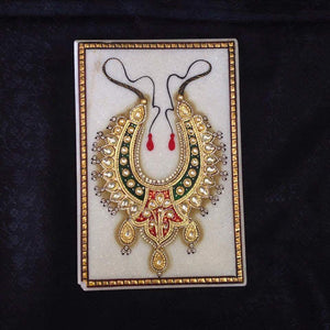 Necklace Design On Marble Plate - Sarang