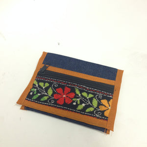 Mini Denim embroidered clutches - 3