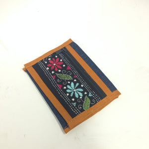 Mini Denim embroidered clutches - 4