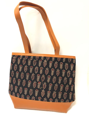 Cotton Print & Leatherette Tote Bags