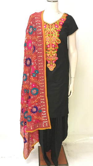 Punjabi Suit with Phulkari Dupatta