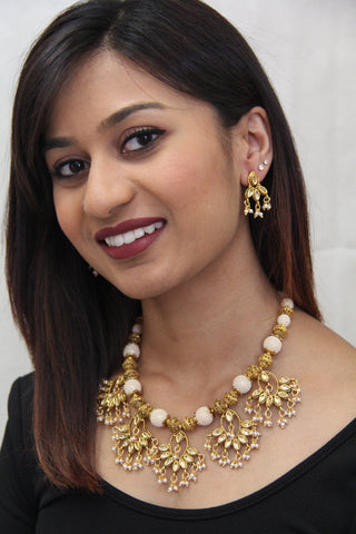 Indian Traditional Style Pearl Kundan Necklace - Sarang