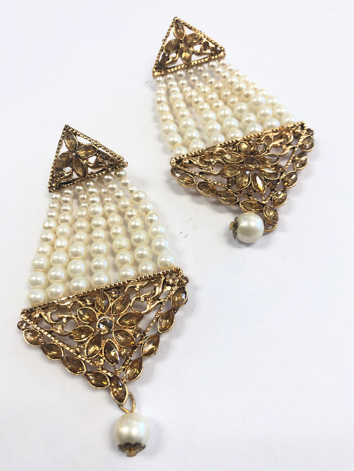Grey Gold Earring