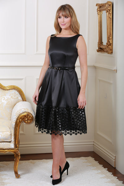 Natalie Black Belted V-Back Pleated Contrast Lace Hem Dress - LadyVB   s.r.o - 1