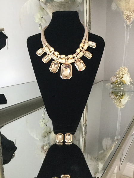 Harriet Beige and Gold Gem Necklace With Gem Stud Earrings - LadyVB   s.r.o - 2