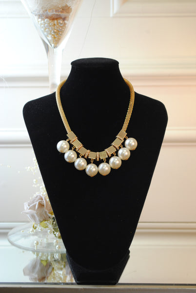 Maria Pearl and Gold Necklace - LadyVB   s.r.o