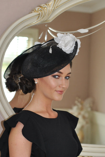 HEIDI  BLACK AND WHITE FASCINATOR - LadyVB   s.r.o - 1
