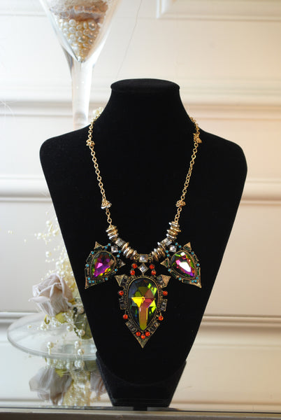 Gold and Gem Necklace - LadyVB   s.r.o