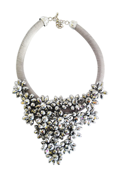 Gabby Grey Cluster Flower Necklace - LadyVB   s.r.o - 2