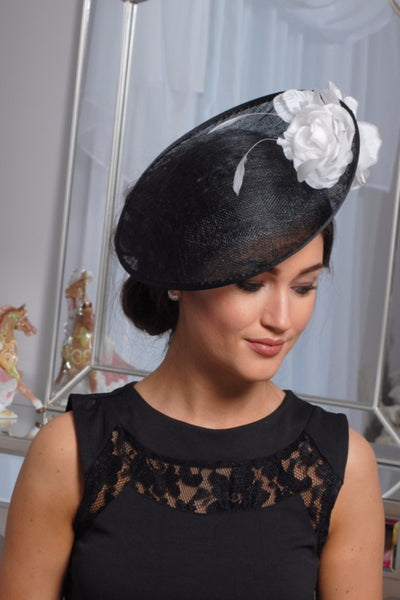 HEIDI  BLACK AND WHITE FASCINATOR - LadyVB   s.r.o - 3