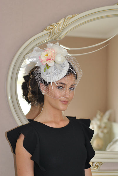 Pale Floral Fascinator with diamonds and flowers Clp - LadyVB   s.r.o - 3