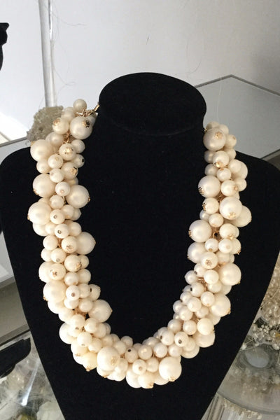 Berry Ivory Necklace - LadyVB   s.r.o