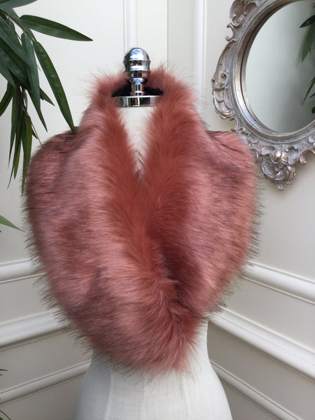 Noelle Pink Fur stole - LadyVB   s.r.o - 4