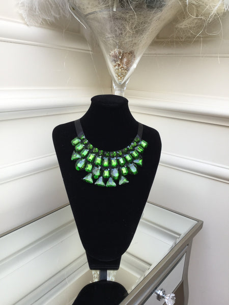 Green stone Necklace with satin tie - LadyVB   s.r.o - 4