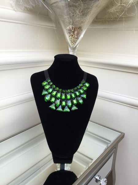 Green stone Necklace with satin tie - LadyVB   s.r.o - 2