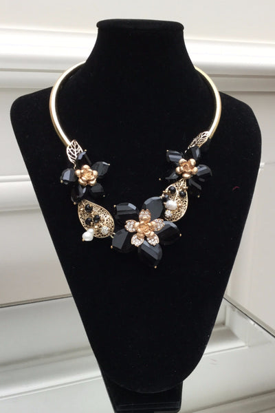 gold and black  necklace - LadyVB   s.r.o