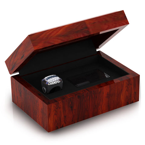 White Pine Lady Cats Ring Box