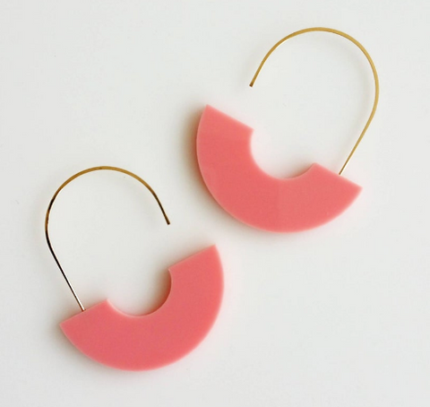 Hyworks Arch Earrings Pink