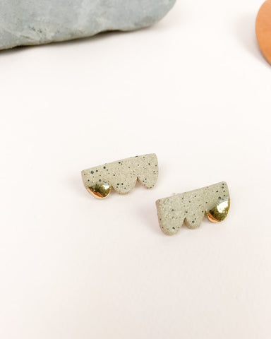 Barrow PDX Freckled Ceramic Cloud stud earrings