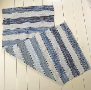 Blue Stripes vintage runner