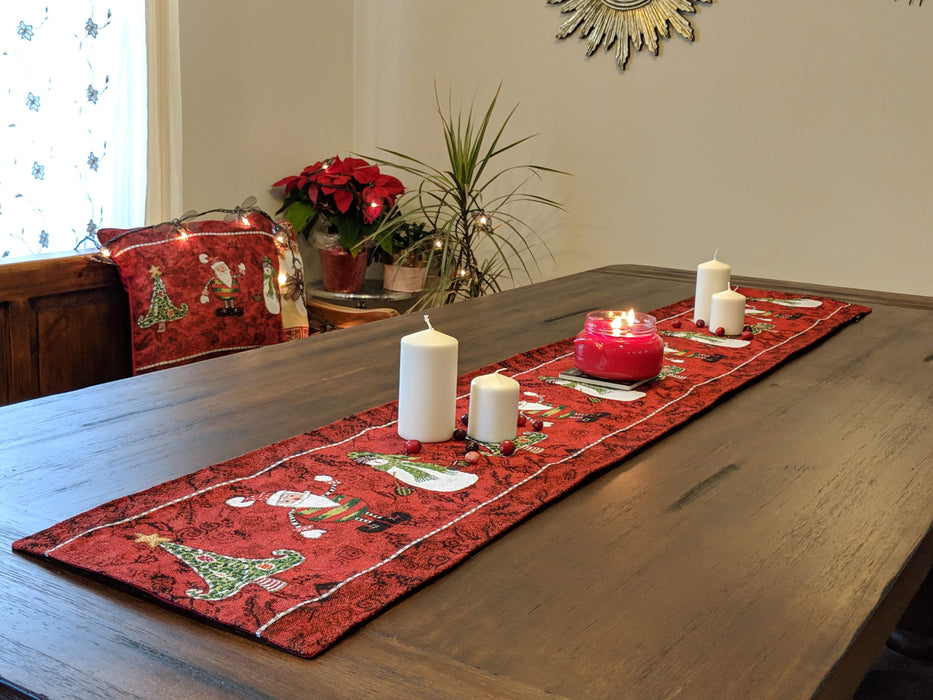 Tache Vintage Christmas Burgundy Red Here Comes Santa Claus Vintage Holiday Woven Tapestry Table Runners (8577TR) - Tache Home Fashion