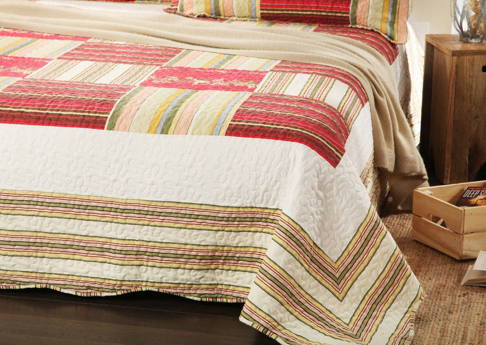 Tache 3 PC Red Print Patchwork Checkmate Bedspread Quilt Set (SD8039) - Tache Home Fashion