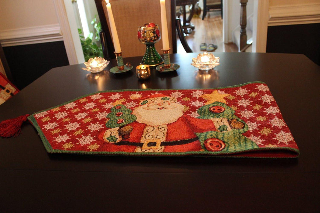 Tache Santa Clause Is Coming to Town Table Runners (DB15191) - Tache Home Fashion