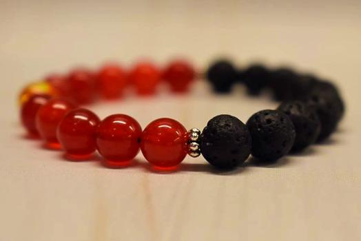 Aromatherapy Bracelet with Red Agate and Amber Resin