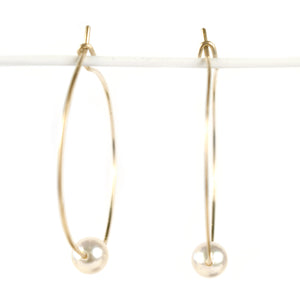 Akoya  Pearl Hoop Earrings, clasp detail