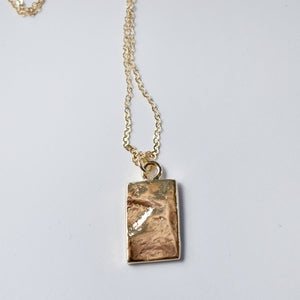 Lady Tab Necklace