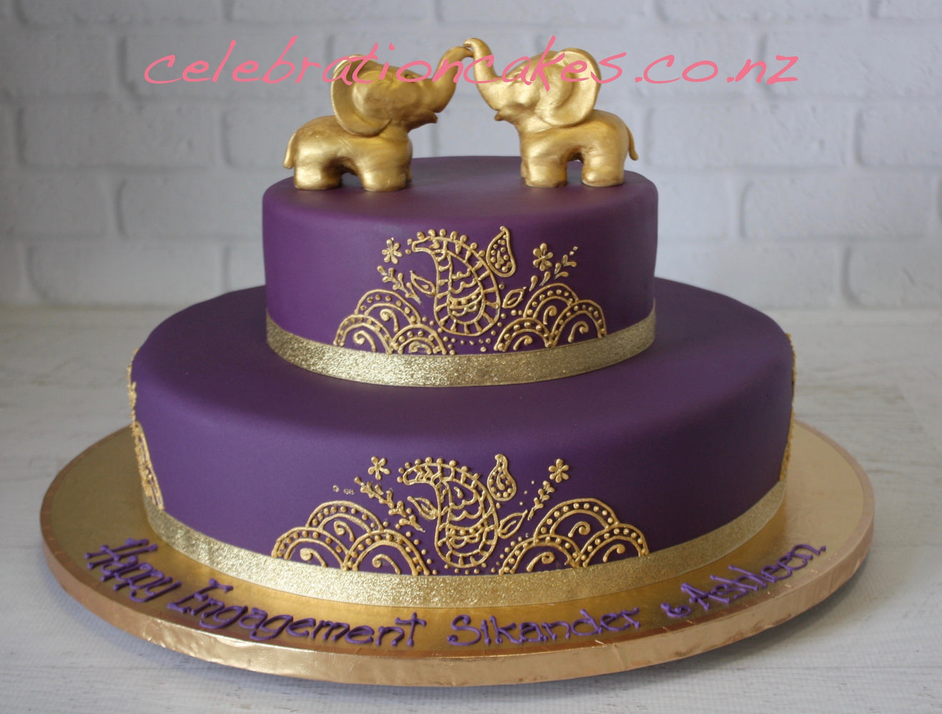 Elephants Engagement , cake