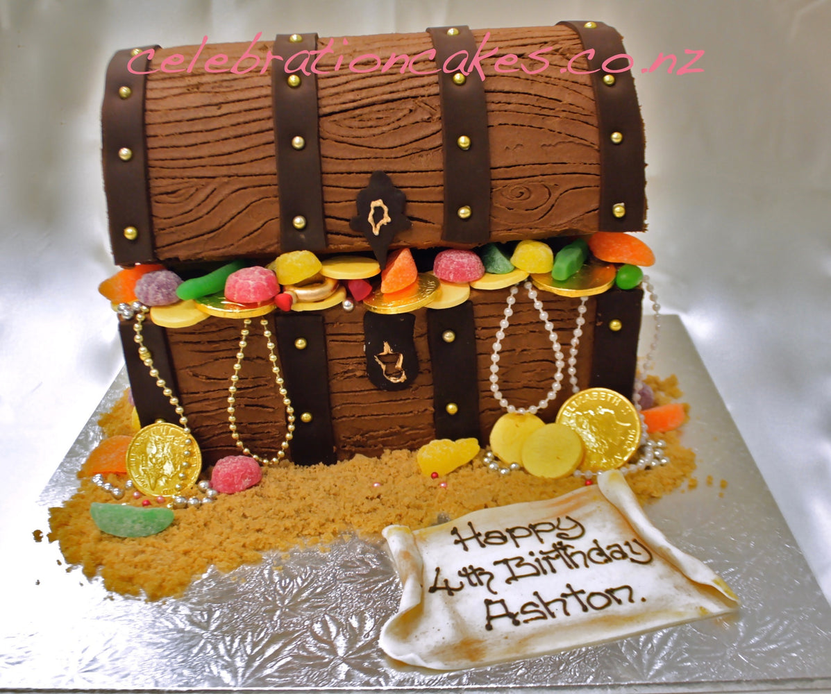 Buttercream Treasure Chest , cake