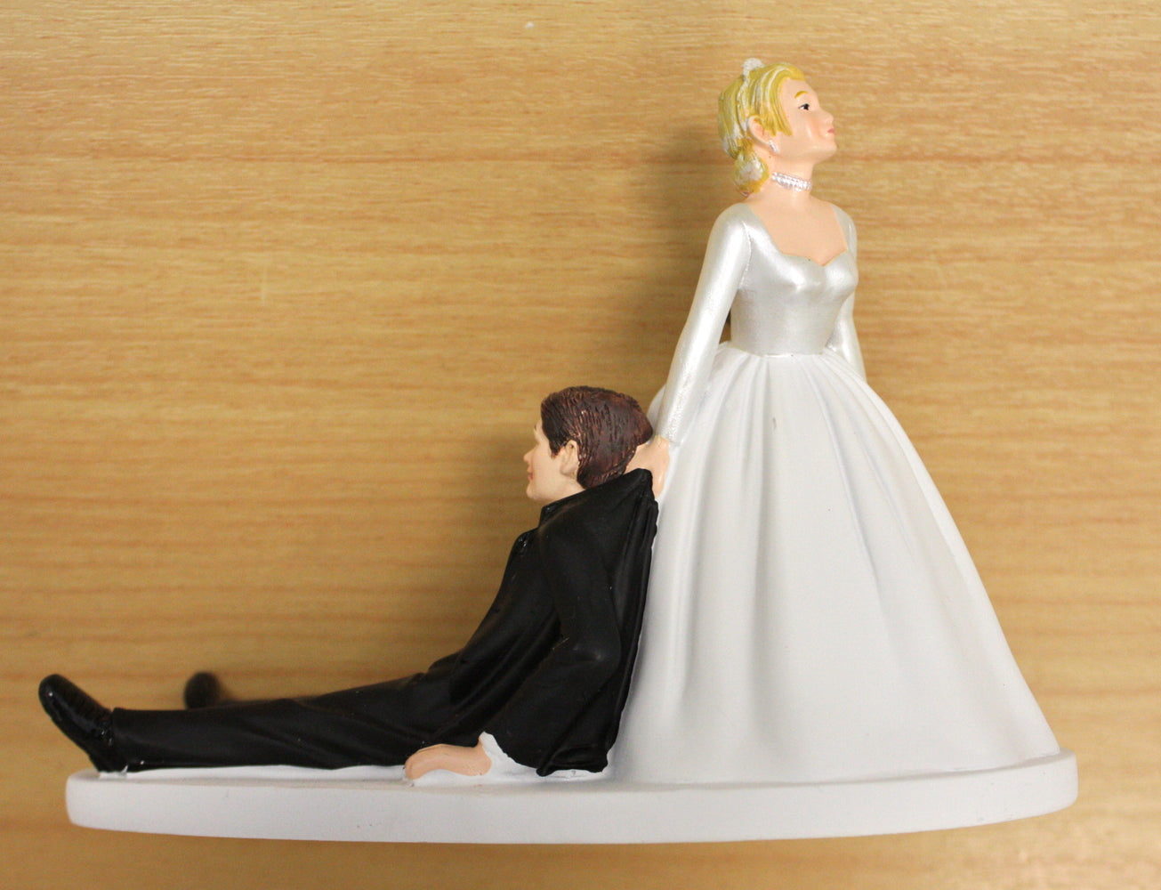"Wilton ""Now I Have You"" Couple , Figurine"