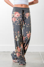 Load image into Gallery viewer, FLORAL LOUNGEWEAR