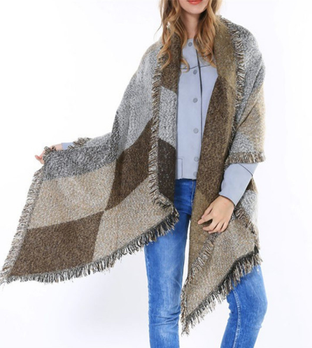 SUPERSIZED FASHION SCARF